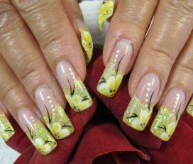 Kelly's Nails & Waxing