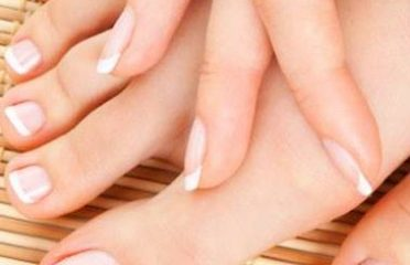 Nails on 130   403-470-7568